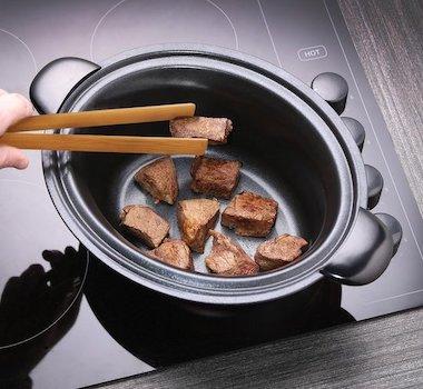 vlees aanbraden in de slowcooker